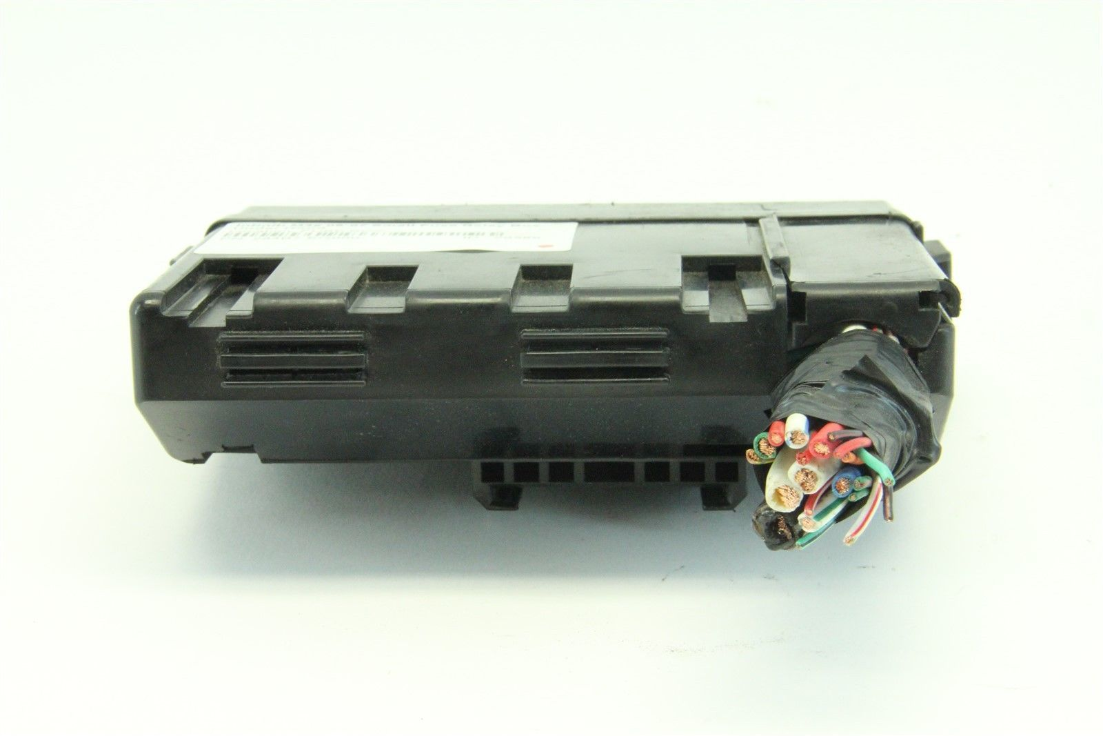 ... Infiniti M35 06-07 Small Fuse Relay Box Under Hood 284B7-EG000 ...