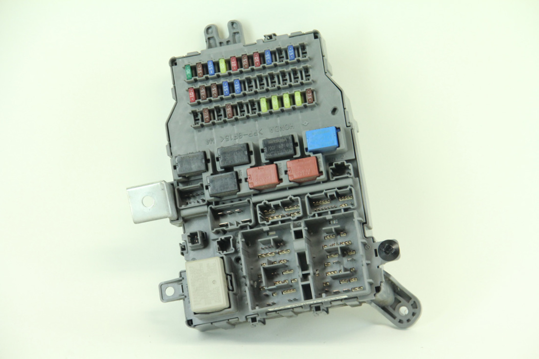 Honda Accord Sedan LX 03-05 Interior Fuse Box Relay 38200-SDA-A01 Multiplex  · «