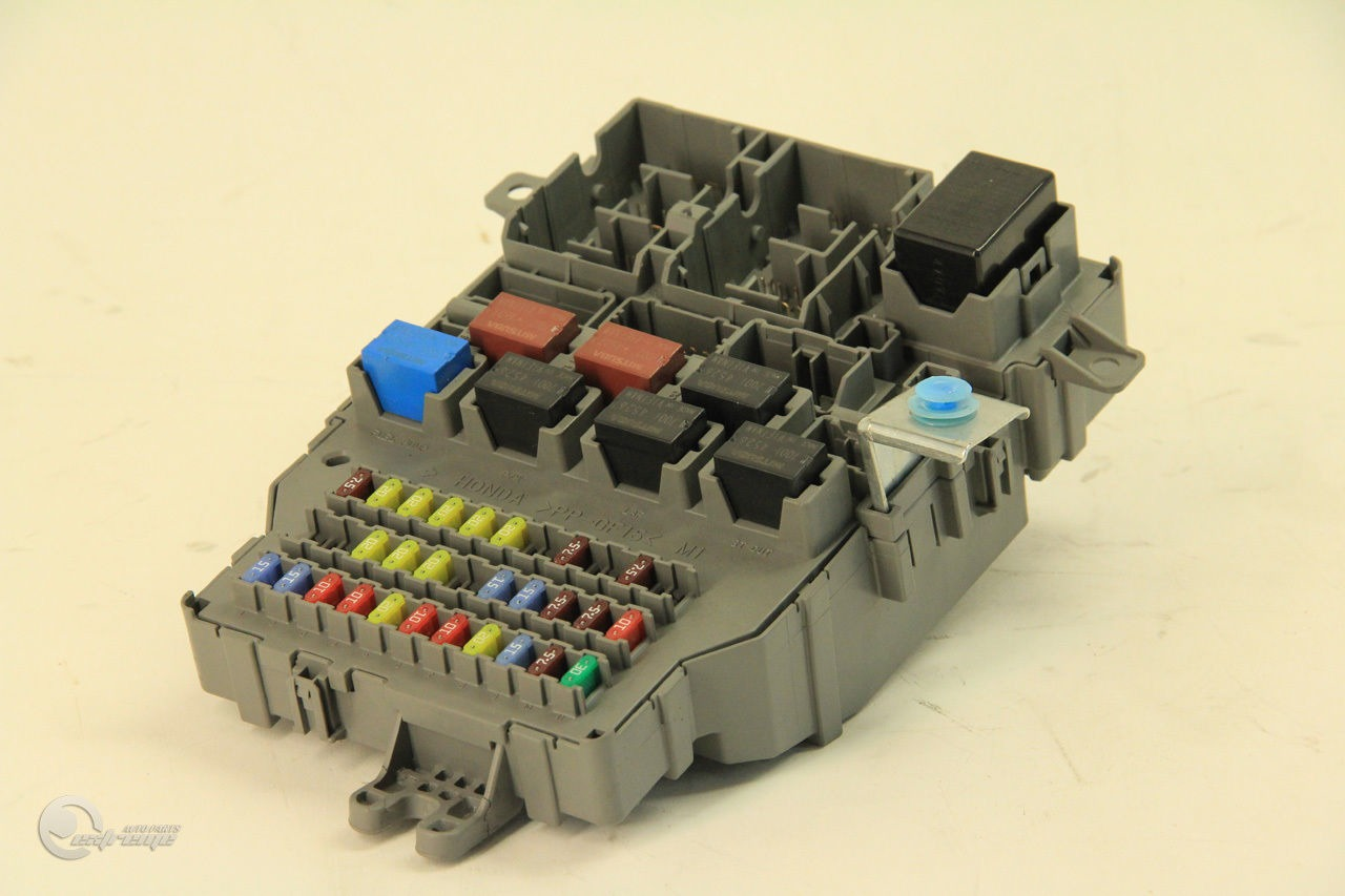 Acura TSX 04 A/T Fuse Box Interior Under Dash Control Relay 38200-SEC ...