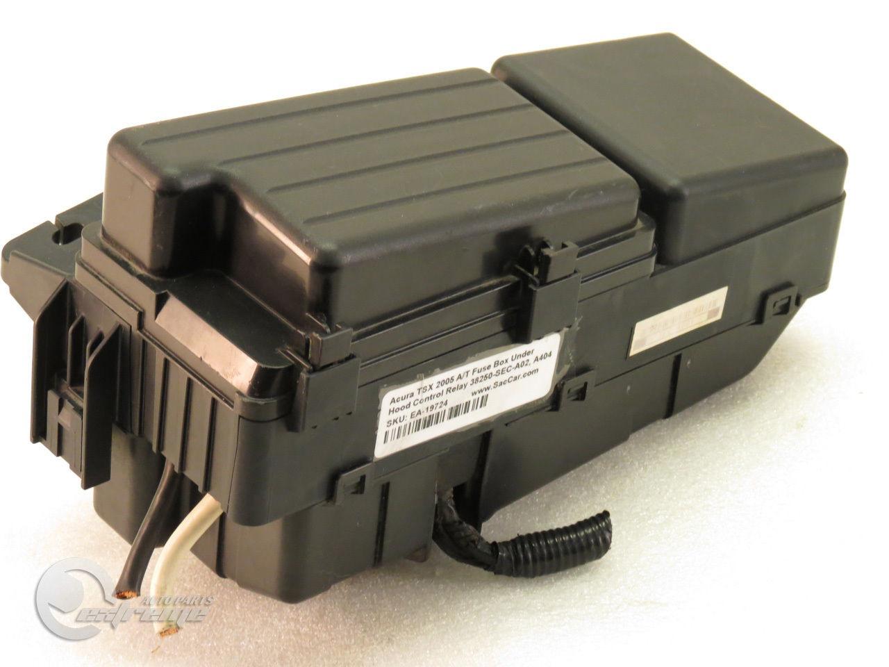... Acura TSX 2005 A/T Fuse Box Under Hood Control Relay 38250-SEC-