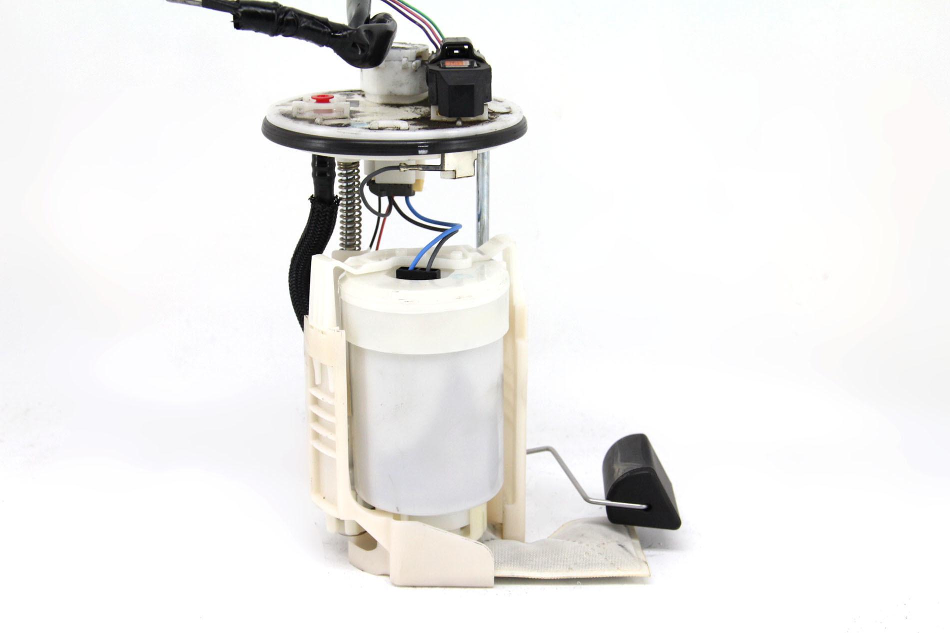 ... Toyota Camry Hybrid Fuel Filter Gas Pump 2.4L 77020-06230 OEM 07-11