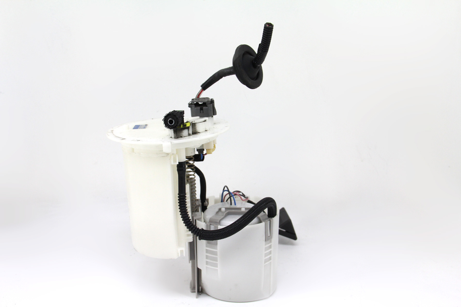 ... Toyota Prius Fuel Filter Gas Pump Suction Assembly 77020-47080 OEM 10-12