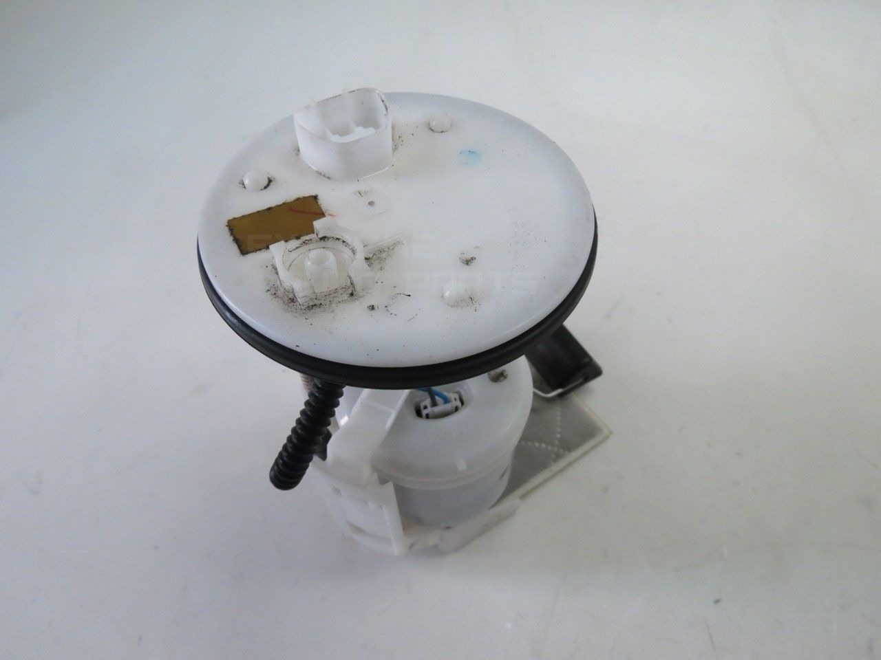 Toyota Camry 07 08 09 10 11 Fuel Filter Gas Pump 4 Cylinder 77024 1998 Location