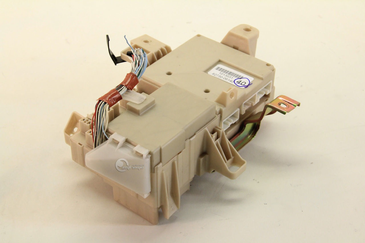 Toyota Camry 82730 06140 Relay Fuse Box Interior Under Dash 03 04 2007 05 06