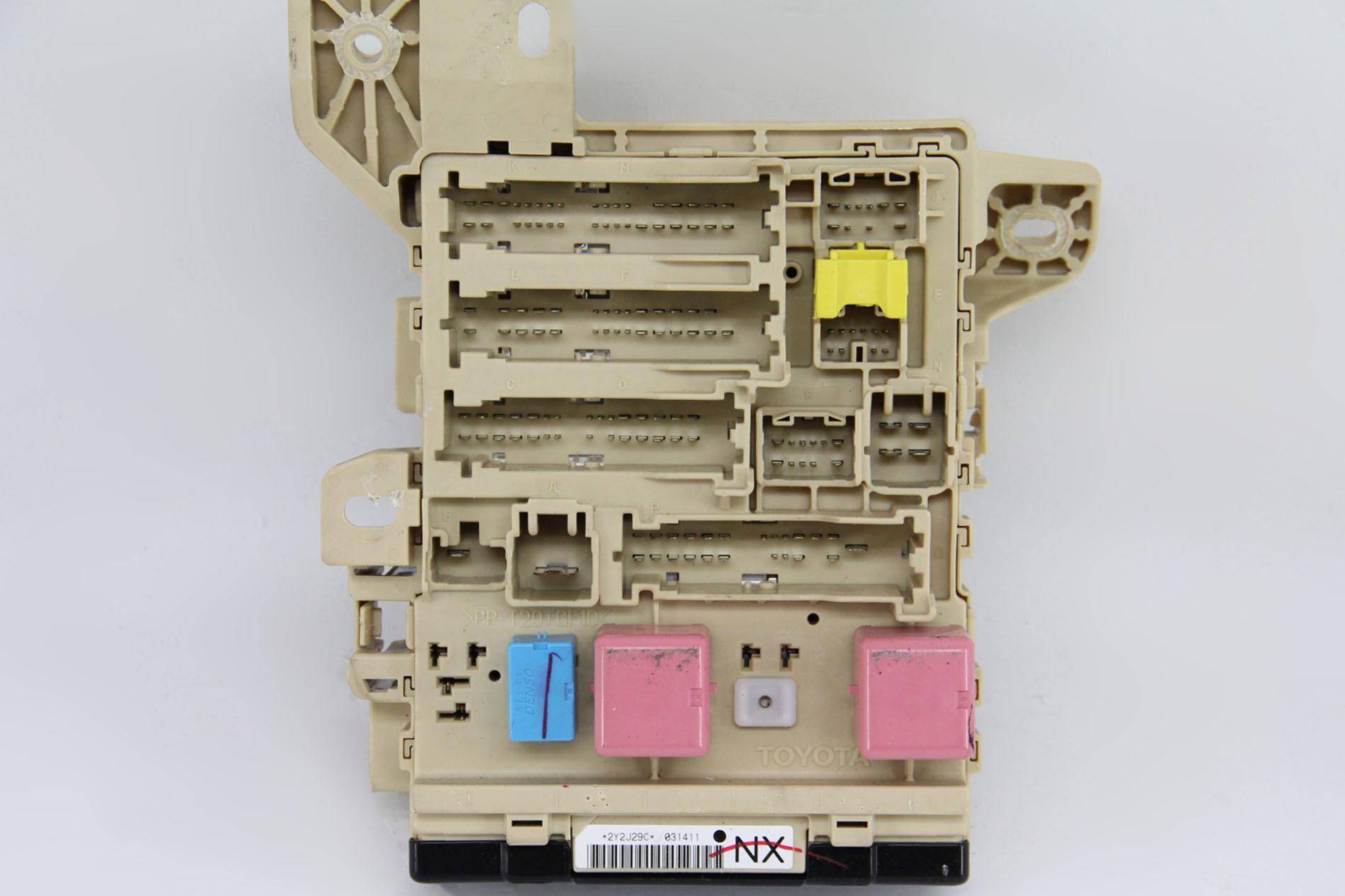 2010 Camry Hybrid Fuse Box Location Wiring Library 1994 Toyota 10 11 Relay Interior Under Dash 82730 06730