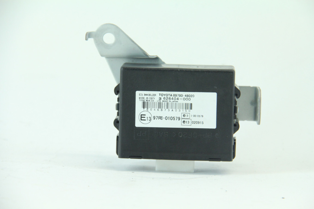 Lexus RX400H 06-08 Key Transponder ECU Immobilizer Unit 89780-48020 OEM