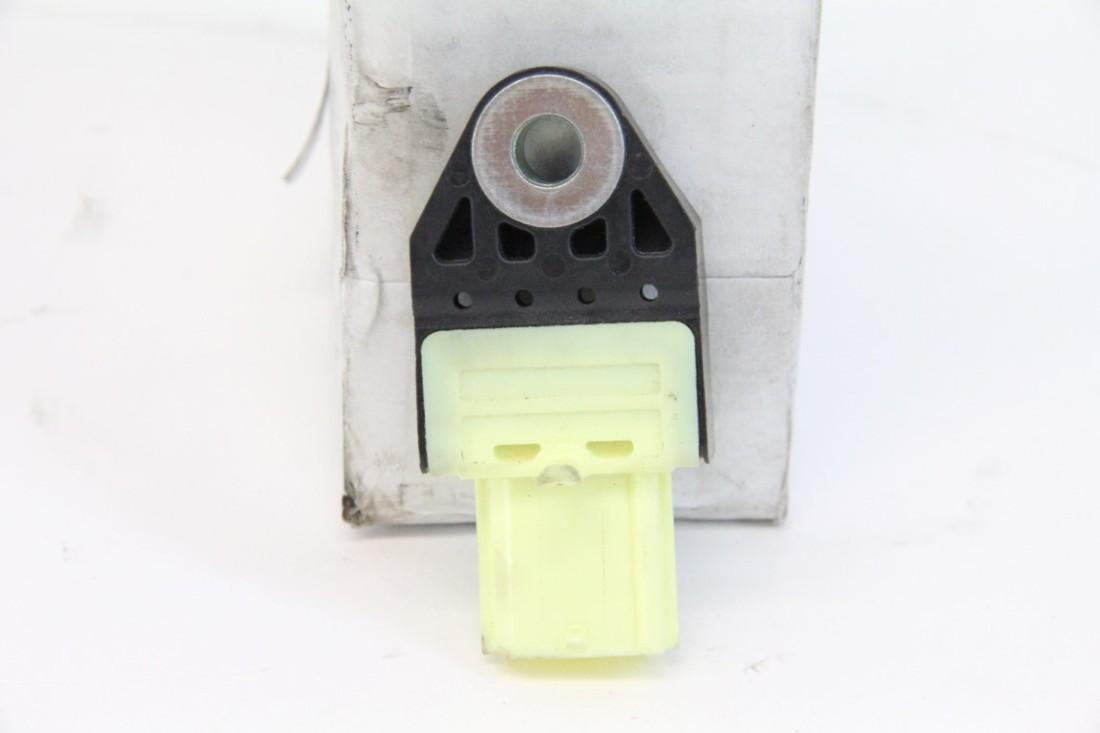 Lexus ES350 SRS Crash Impact Sensor 89831-30010 OEM 10 11 12