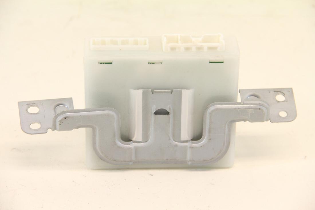 Infiniti FX35 FX45 03-08, Driver Seat Position Memory Unit Module, 98800-CG000