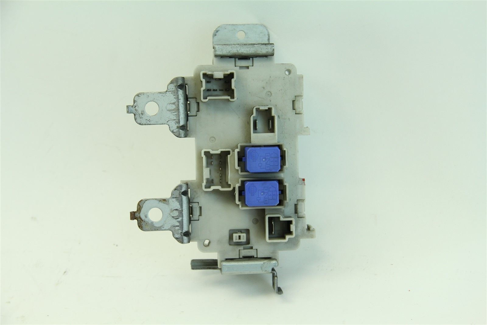 ... Infiniti G35 Coupe 2003-2004 Under Dash Fuse Box Junction Assembly, ...