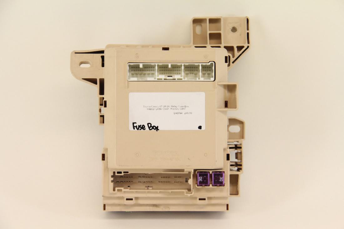 toyota camry 07 08 09 relay fuse box interior under dash factory toyota camry 07 08 09 relay fuse box interior under dash