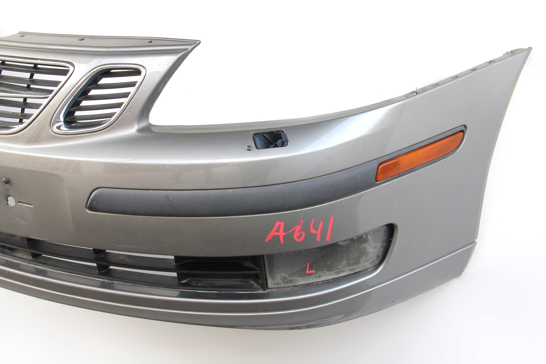 Saab 9-3 Sedan 2003 Front Bumper Face Cover Brown Full ...