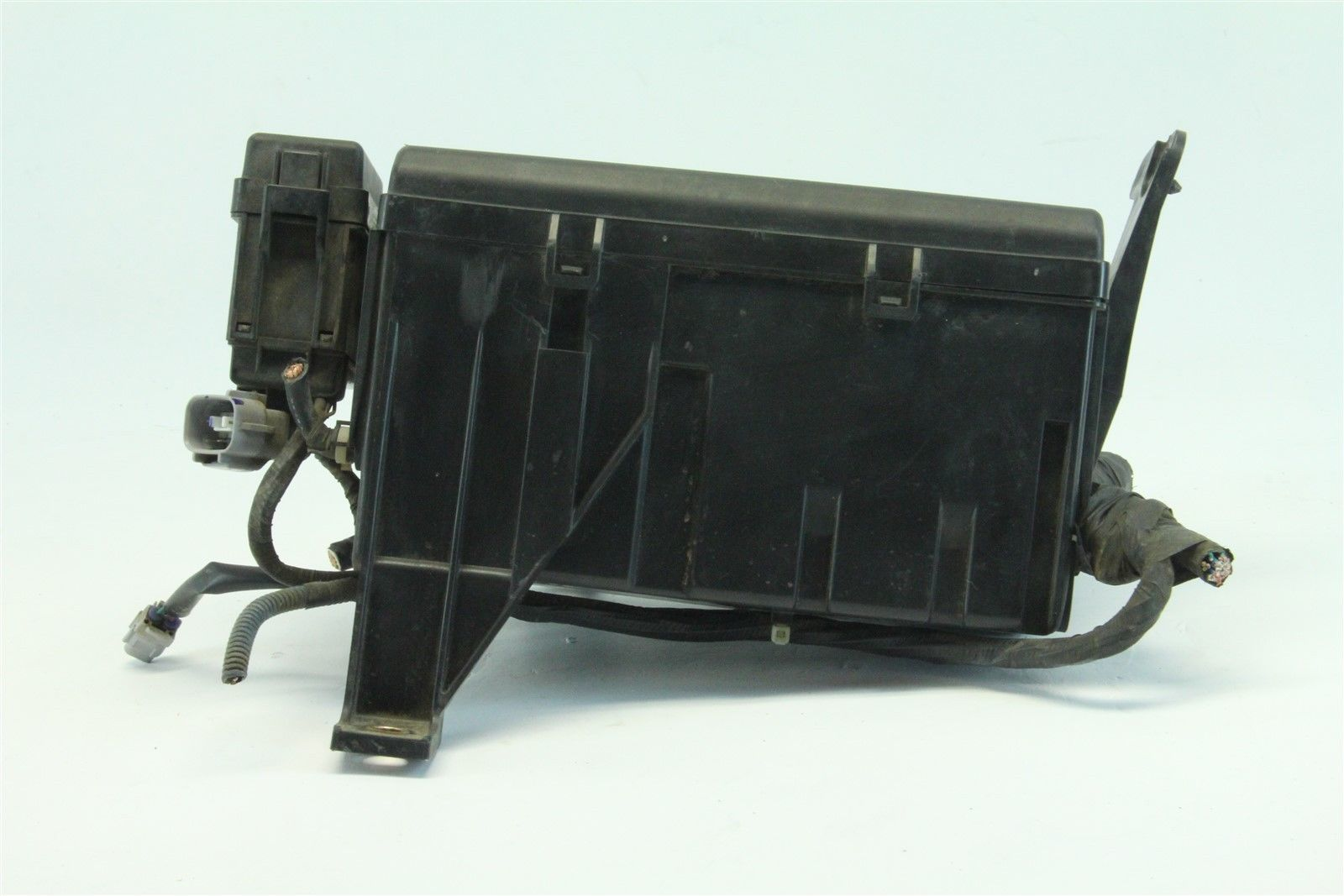 04 Toyota 4runner Fuse Box Wiring Library Location 2004 Exterior Under Hood 47l V8 Cylinder A