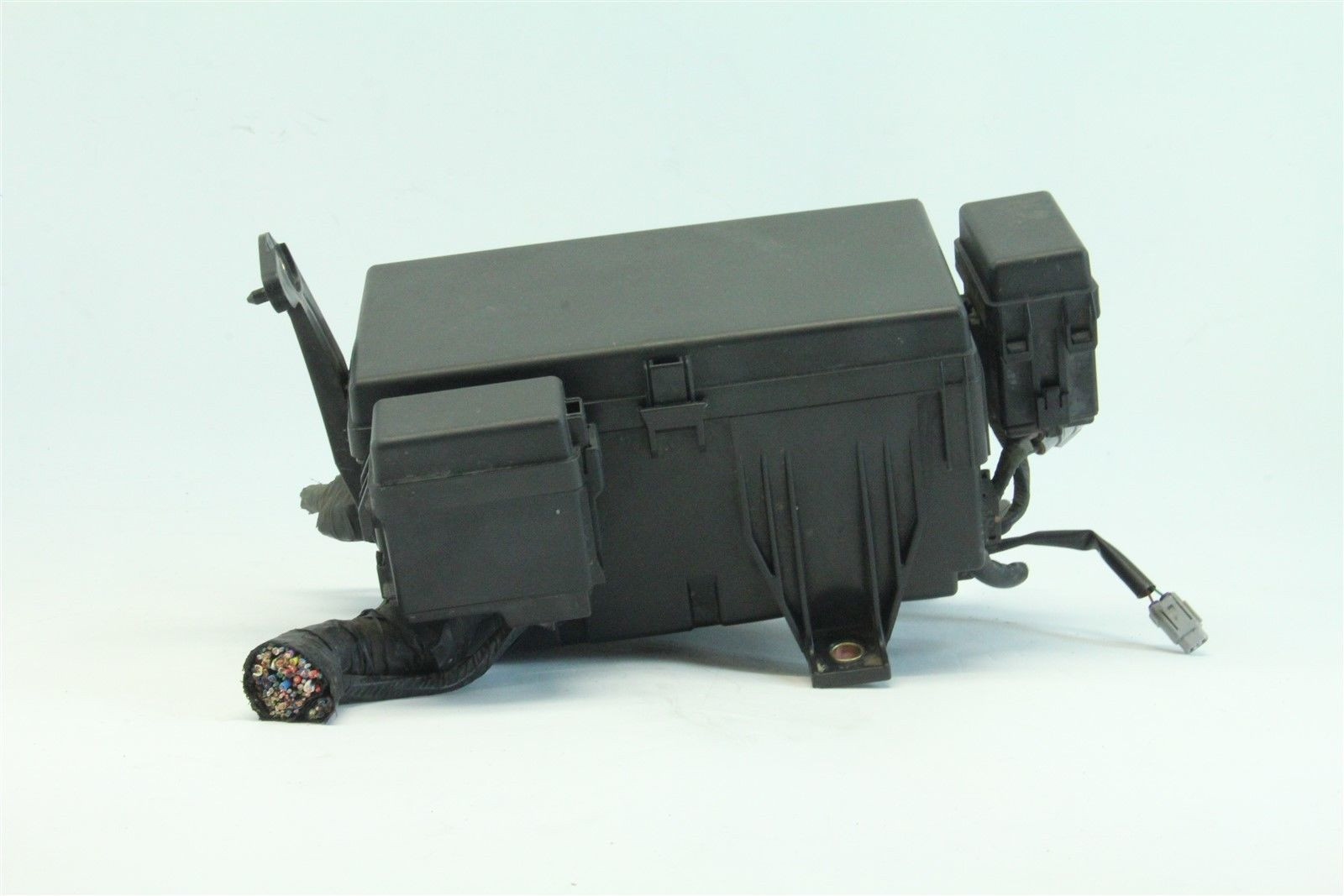 04 Toyota 4runner Fuse Box Wiring Library Location 2004 Exterior Under Hood 47l V8 Cylinder A T