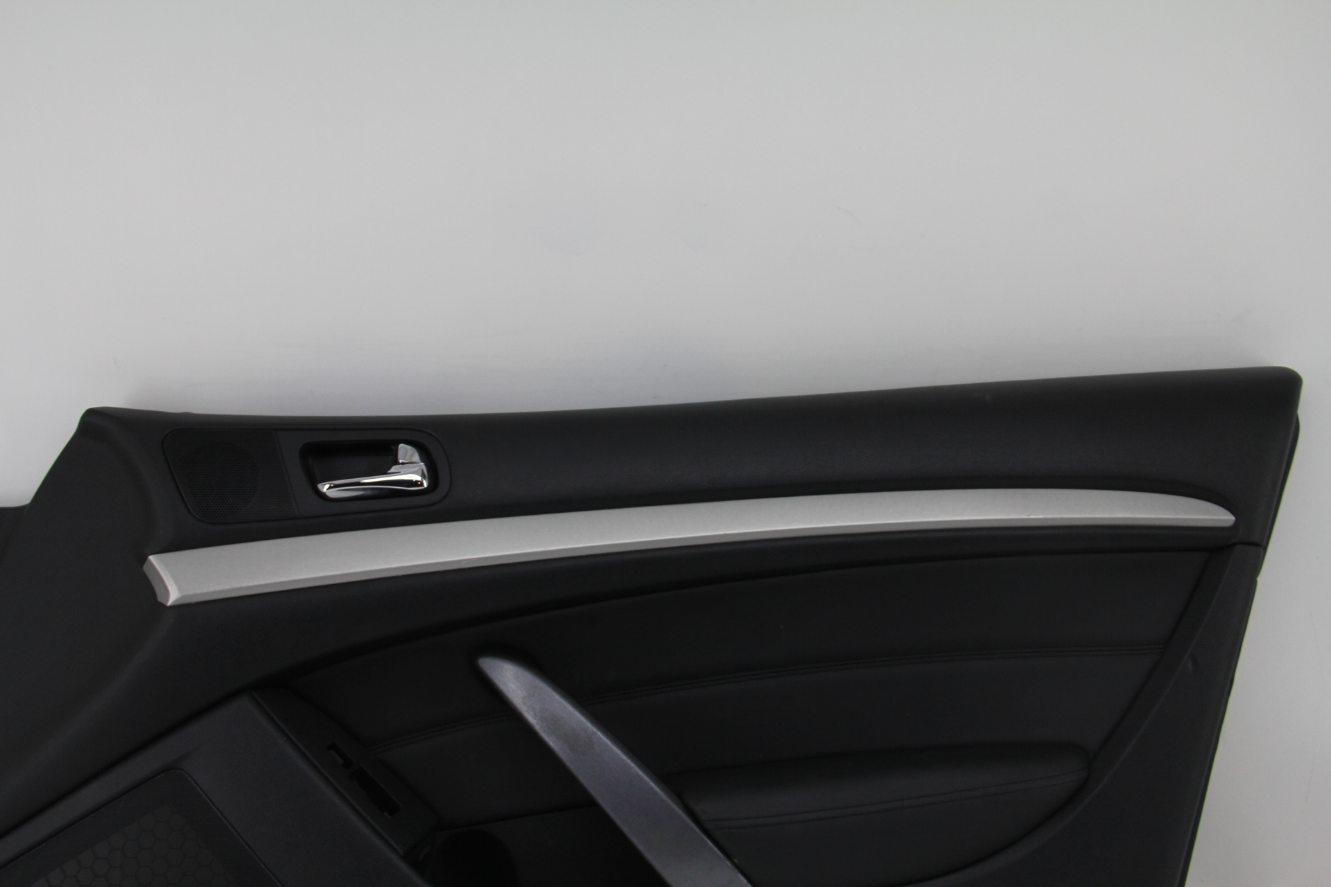 Infiniti G37 Coupe 08 13 Front Right Door Panel Black 80900 Jl02b Extreme Auto Parts