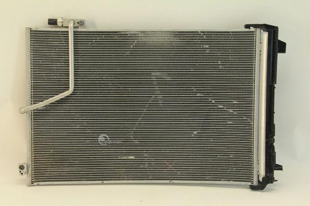 New Genuine Mercedes-Benz Condenser Assembly 2045000654 OEM