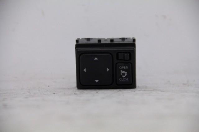 Infiniti FX35 Side View Mirror Switch Premium w/Camera 25570-1CA1A OEM 09-13