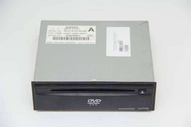 Infiniti FX35 Navigation CD DVD Player Unit Assembly 25915-CA101  OEM 2003