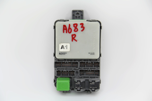 Acura MDX Dashboard Right Penger Side Fuse Box 38210-S3V-A13 OEM 04 on