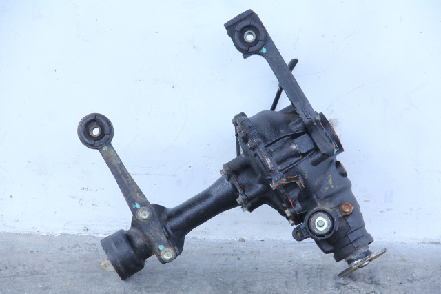 Toyota 4Runner 03-09 Front Suspension Axle Beam Differential 4x4 41110-3D420