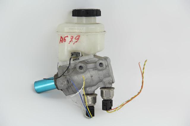 Infiniti FX35 03 04 05 Master Brake Cylinder Kit, AWD 46010-CG010 OEM