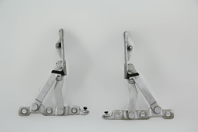 Infiniti G35 Coupe Trunk Lid Hinge Left/Right Set Pair Silver 03 04 05 06 07 OEM