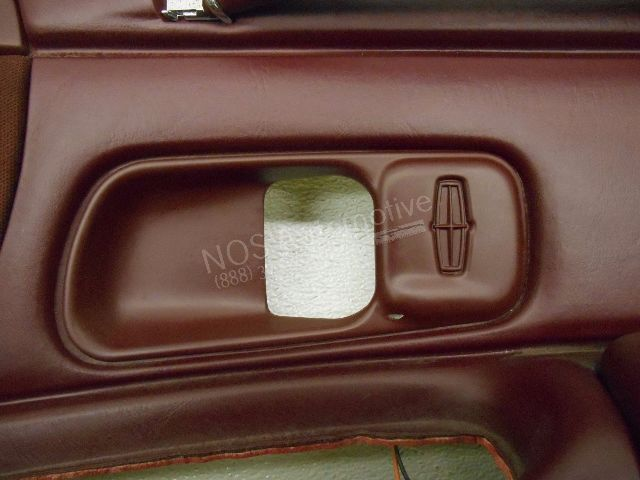Nos New Oem 1996 Lincoln Town Car Right Red Interior Door Trim Panel