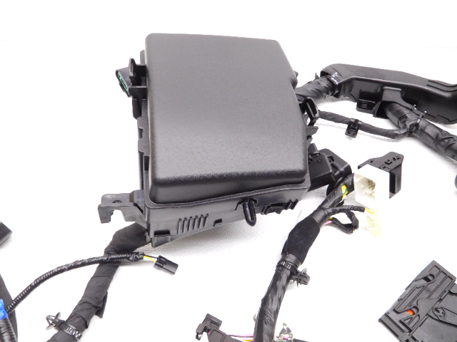 New Oem 20112013 KIA Optima Hybrid Fuse Box And Wire Harness 912004u090: 2013 KIA Optima Fuse Box At Gundyle.co