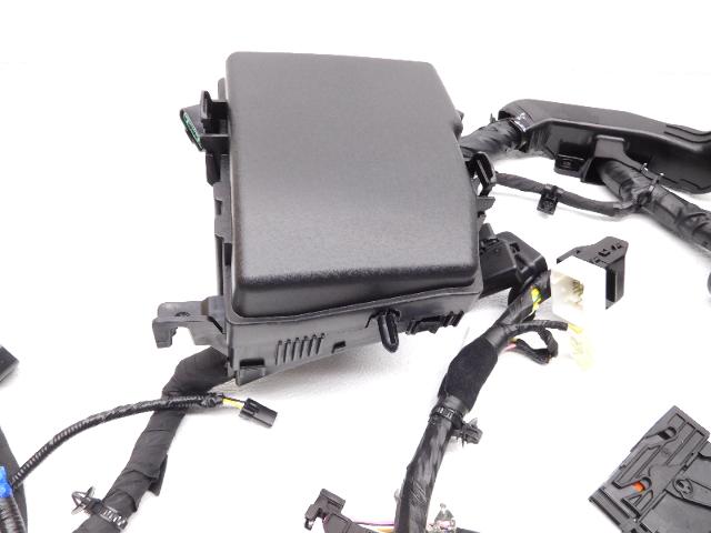 New Oem 2011-2013 Kia Optima Hybrid Fuse Box And Wire Harness