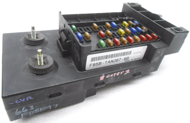 details about new old stock ford f150 f250 expedition cabin fuse box w o relays or cover 2006 Ford Explorer Fuse Diagram