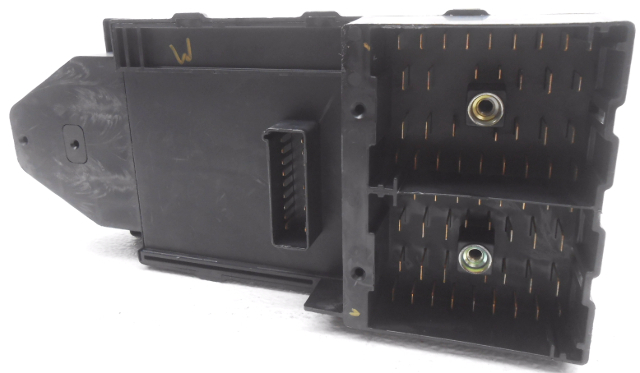 New Old Stock Ford Expedition Lincoln Navigator Cabin Fuse Box Less Relays