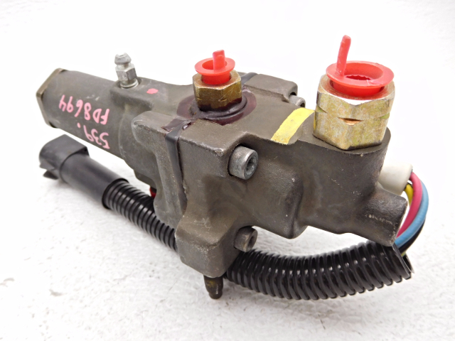 New Old Stock OEM Ford F250 Brake Proportioning Valve E7TZ