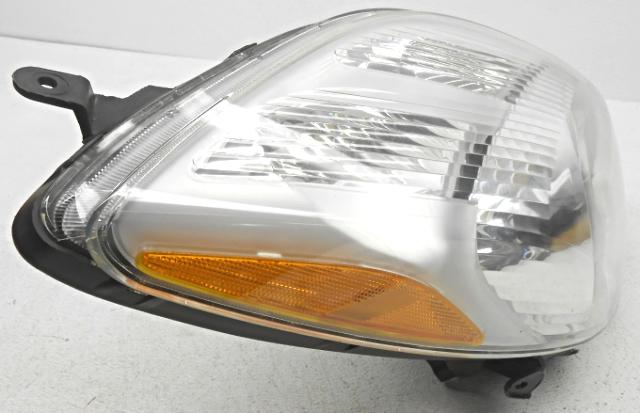 Genuine Toyota Parts 81130-52B50 Passenger Side Headlight Lens//Housing