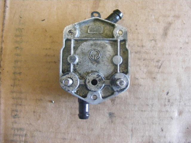 6E5-24410-00-00 to 10-00 NIB Yamaha 115-130-150-175-200-225-250-300 Fuel Pump R