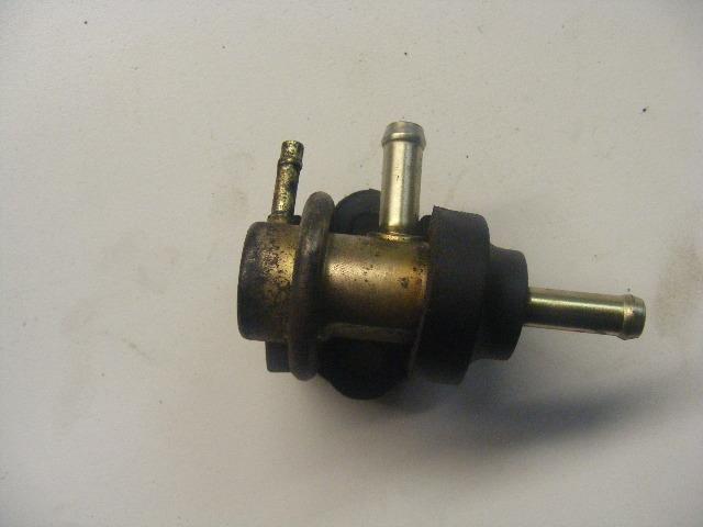 Details about Suzuki DT 115-140-150-200-225 HP Fuel Pressure Regulator  15760-92E01