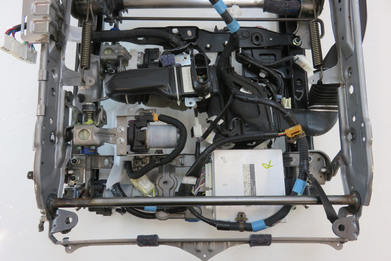 right 08 lexus ls460 seat track, with motors/modules,