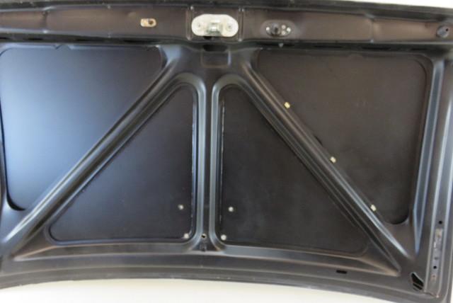 81 Mercedes R107 380sl 560sl Trunk Lid W  Brake Light Hole