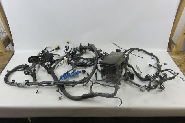 12 lexus gx460 wiring harness w fuse box engine room 82111 60p01 rh ebay com lexus ls400 wiring harness lexus trailer wiring harness