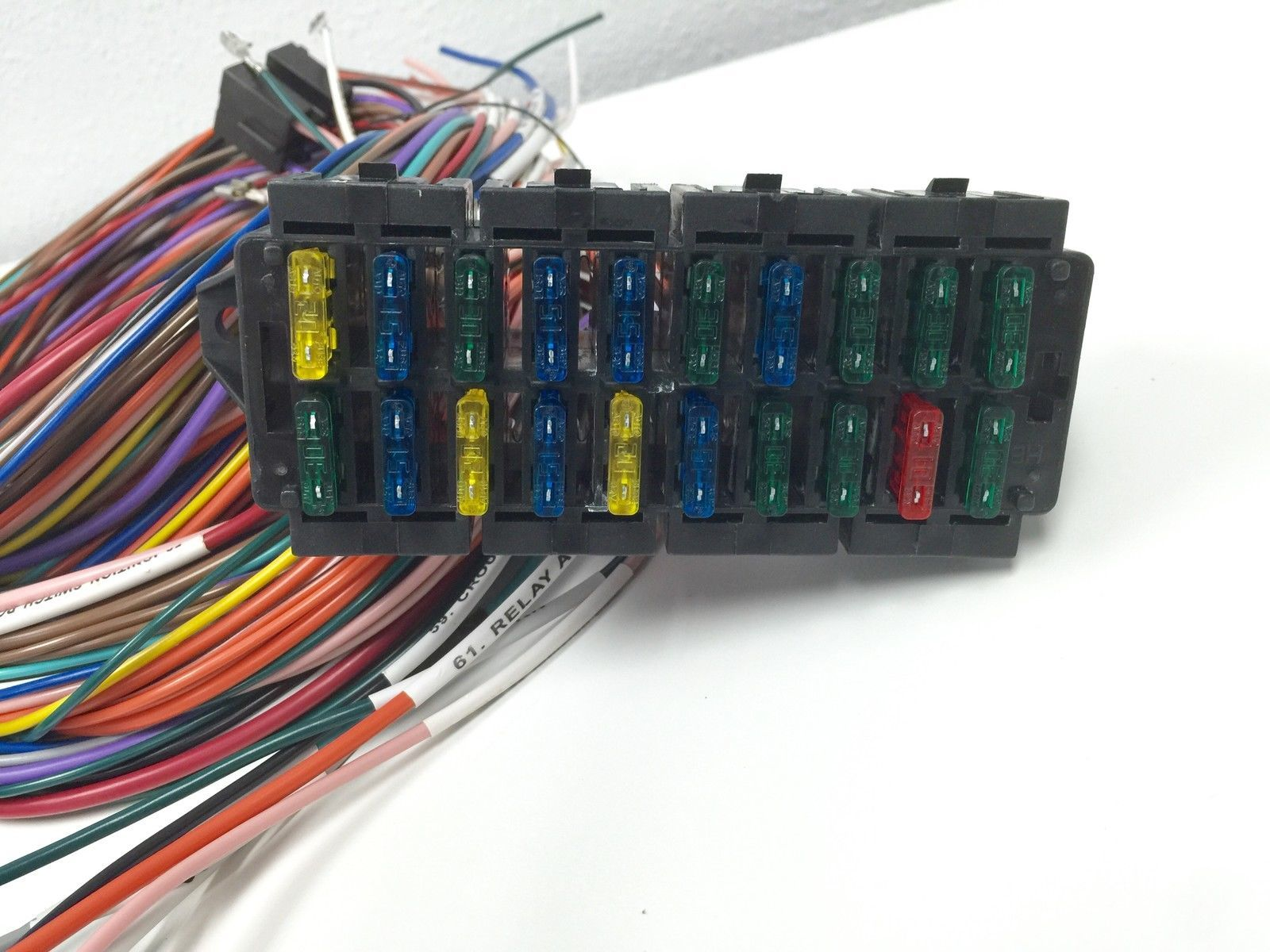 ss1002 complete universal 12v 24 circuit 20 fuse wiring harness wire kit v8 rat hot rod 428061666 complete universal 12v 24 circuit 20 fuse wiring harness wire kit wiring harness wire at gsmportal.co