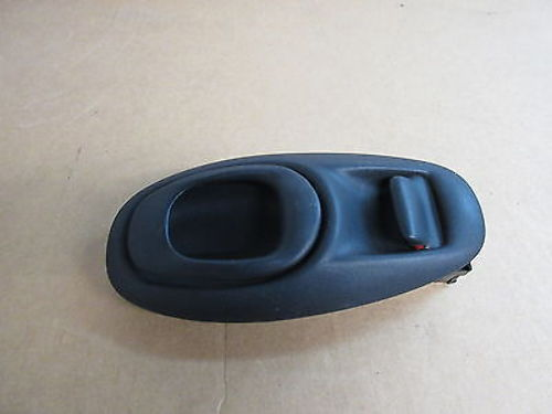 00 Chevrolet Corvette C5 Left Door Handle Assembly W/ Bezel Trim #1013