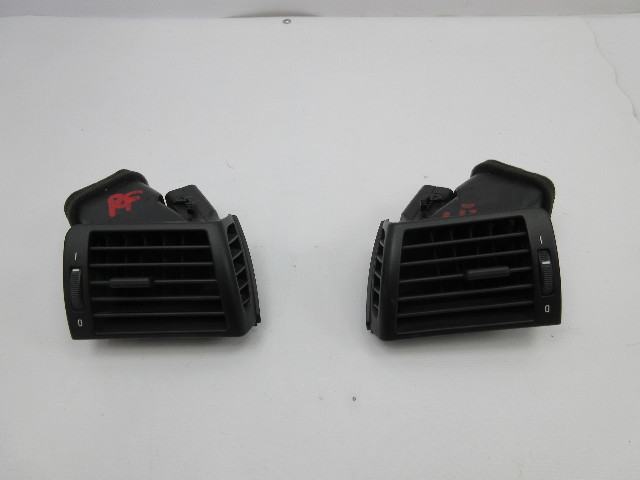 2003 BMW M3 E46 Convertible #1040 Left & Right Vent 64228361897 64228361898