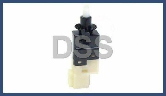 Sprinter Brake Light Switch Dodge MB Freightliner 001 545 67 09